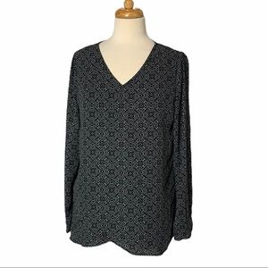 CHELSEA & THEODORE Layered Top - Small